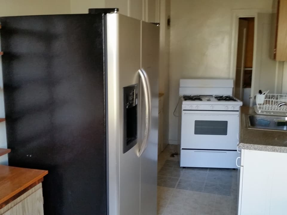 San Francisco Junk Removal before photo of apartment kitchen