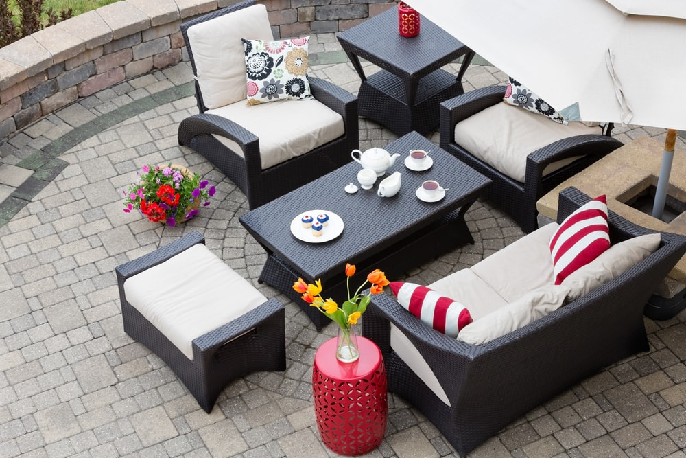 After a back yard clean out, you're ready for summer entertaining!